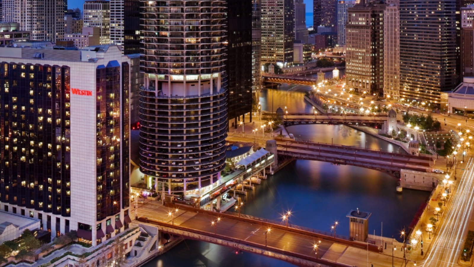 Hyatt place river north best place 2017 for Best hotel location in chicago